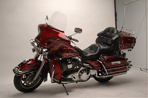 Harley Davidson Electra Glide Candy apple red s plameny